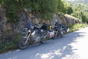 Motorisierte bajuwarische Bergmulis im mazedonisch-griechischen Grenzgebiet